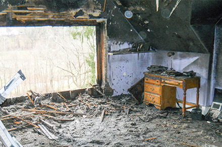5-Burnt-Bedroom-1